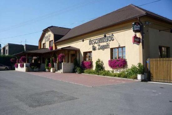 Restaurant & Bowling Bar Na Zaguří