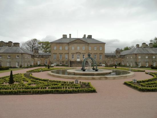 Garden Centre: Picture Of Dumfries House, New