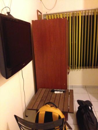 Hotel Araguaia: Banheiro