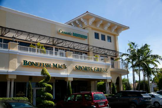 Exterior Of Bonefish Mac 39 S Lighthouse Point Picture Of Bonefish Mac 39 S Sports Grille