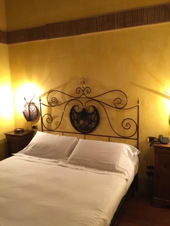 Graziella Patio Hotel: My bed