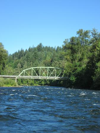 Helfrich River Adventures: The river