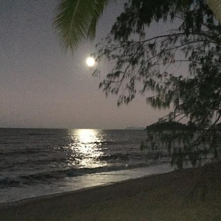Argosy on the Beach: Full moon