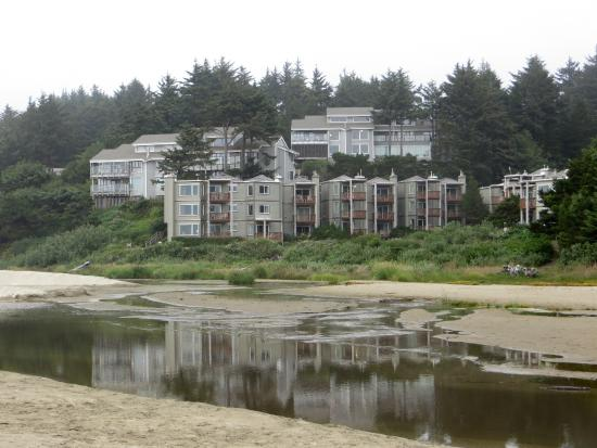 Little Creek Cove: Little Cove from the beach