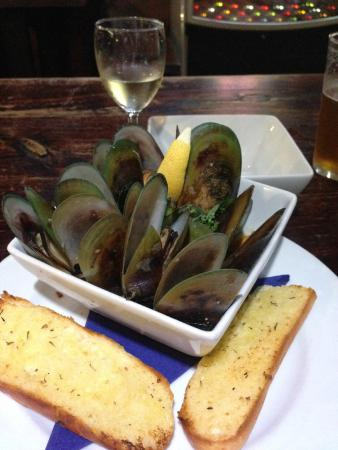 The Whaler : Mussels