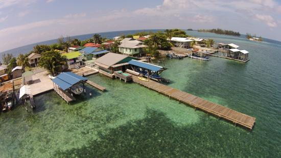 Utila Cays: The Caye View Restaurant Bar