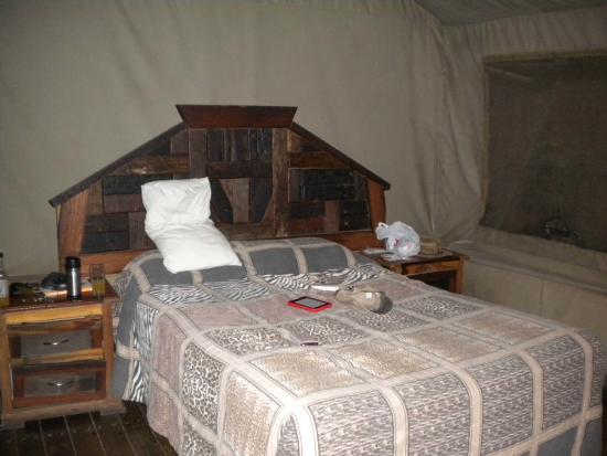 Tamboti Satellite Camp: Our bedroom