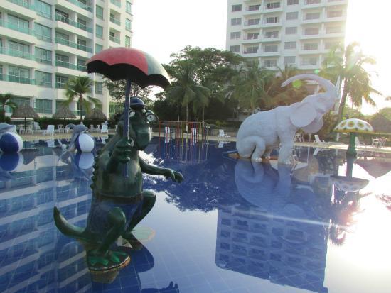 Ghl comfort hotel costa azul santa marta colombia hotel for Piscinas lindas
