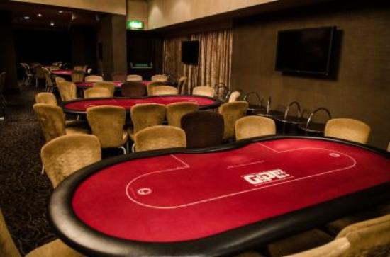 Legal gambling age australia