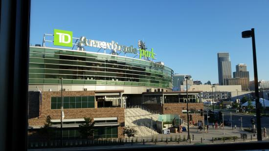 Hampton Inn & Suites Omaha - Downtown: The view ofTD Ameritrade Park from our room.