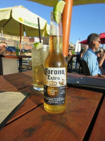 Lido Waterfront Bistro & Bar : Cold beer