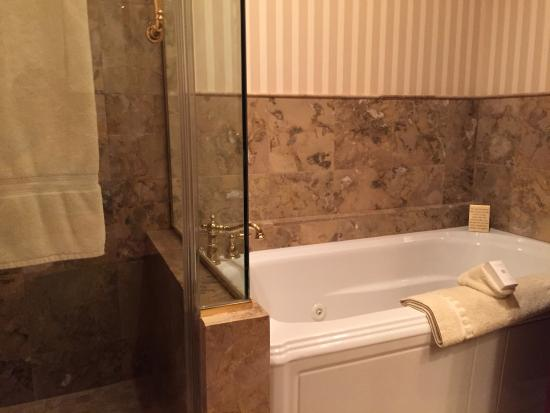 Celebrity Hotel: photo1.jpg