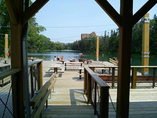 Bowness Park : To the lagoon