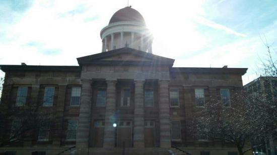 Old State Capitol State Historic Site: Old State Capitol in January