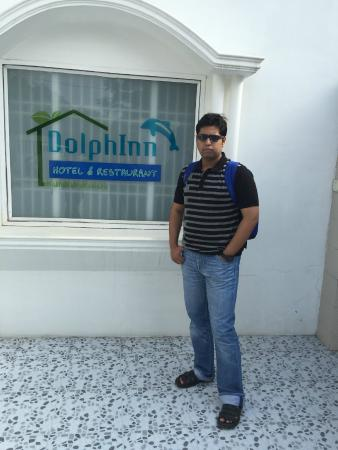 DolphInn Homestay: Entrance