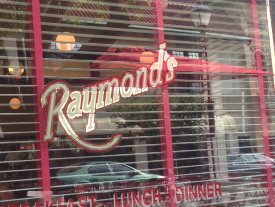 Raymond's: The patio dining