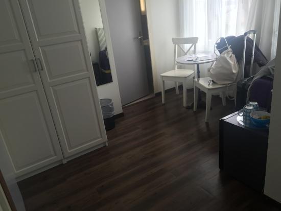 Hotel Alphorn: room 201