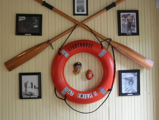 Knife River, MN: Interior Decoration
