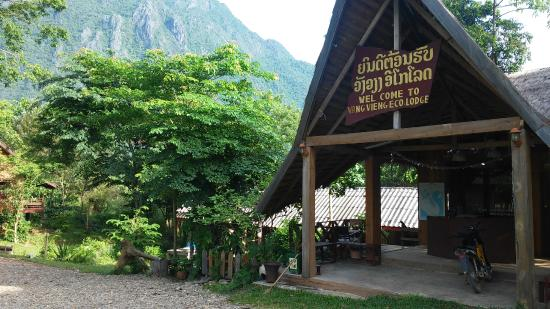 Vang Vieng Eco Lodge: the lobby