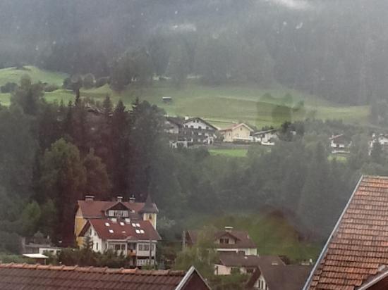 Hotel Post: Vista do quarto às 07:00.