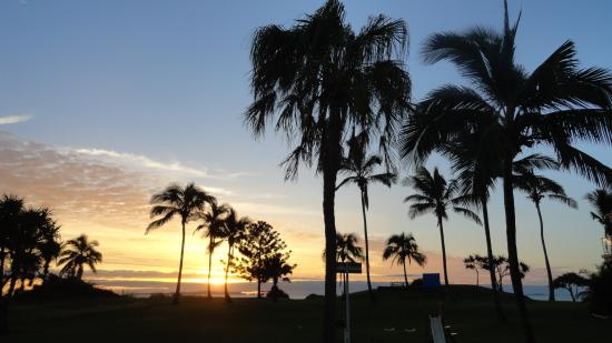 Driftwood Motel & Holiday Units: Spectacular sunrises...