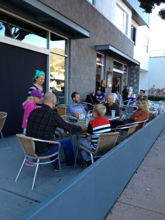 Jaffa Cafe: Outdoor seating