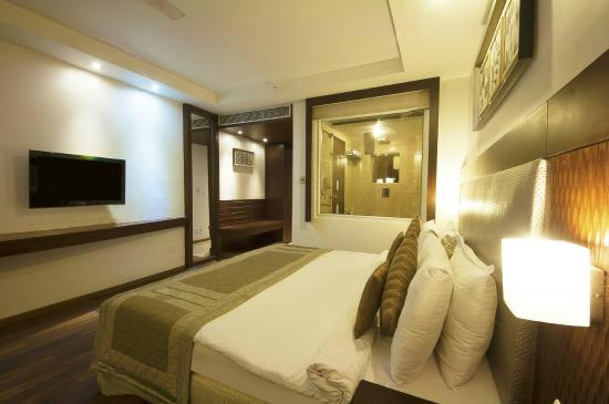 Hotel Le Roi: Guest Room