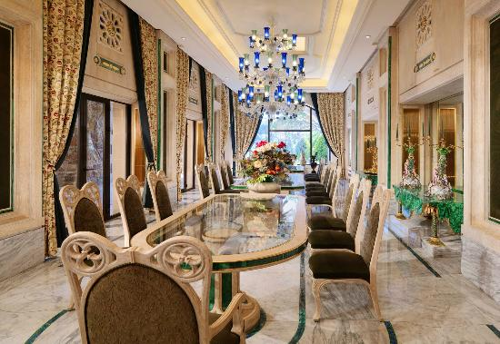 برمانا, لبنان: Dining
