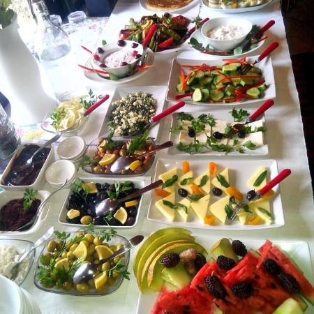 Ephesus Suites: Great breakfast :)