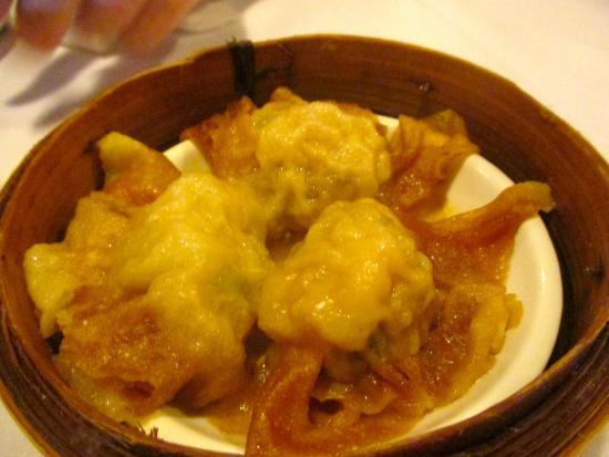 Mandarin Court: yum cha dumplings
