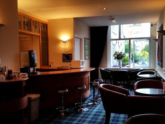 Hotel Adolesce: lobby/bar