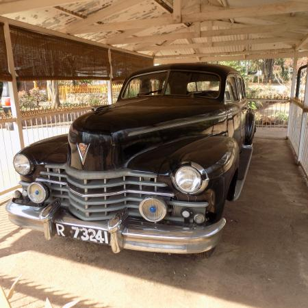 Smuts House Museum: Jan Smuts' car from the 1940's.