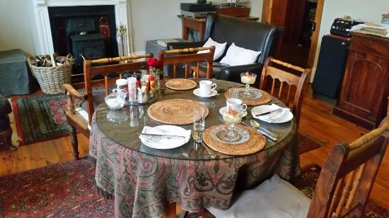 Fairview Historic Homestead: This historic homestead serves a great breakfast in a beautiful dining room.