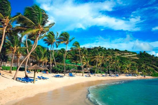 St. James's Club & Villas: Coco Beach