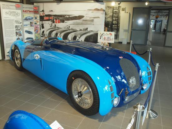 bugatti t57 g tank le mans museum autovision picture of stiftung museum autovision. Black Bedroom Furniture Sets. Home Design Ideas