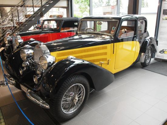 Stiftung Museum AUTOVISION: Bugatti Museum T57 exhibition Museum AUTOVISION