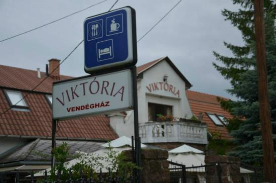 Photo of Hotel Viktoria Balatonalmadi