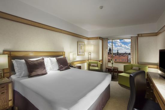 InterContinental Prague: Deluxe Room with City view