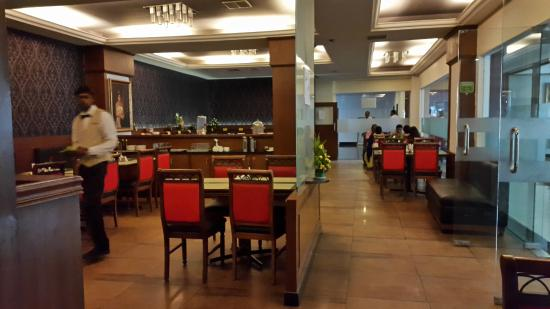 The President Hotel: Dining
