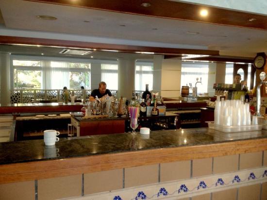 Hotel Mariant: Hotelový bar
