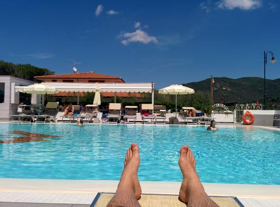 Hotel Montecristo Relax In Piscina