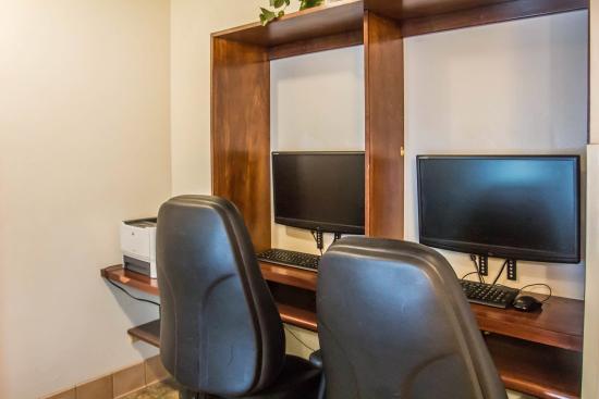 Comfort Inn & Suites: CAJCOMP