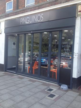 Pinguino's Cafe