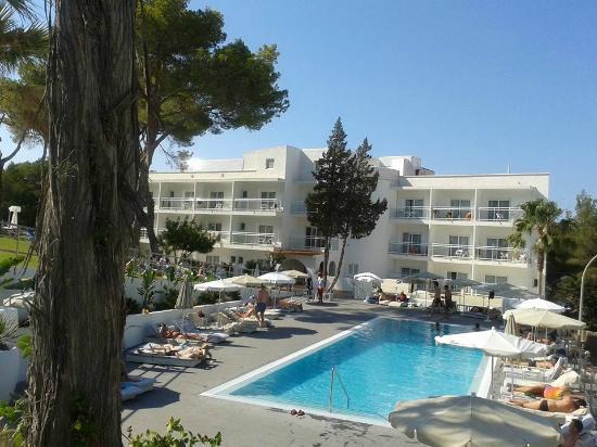 Sensimar Ibiza Beach Resort Piscina Con Hamacas