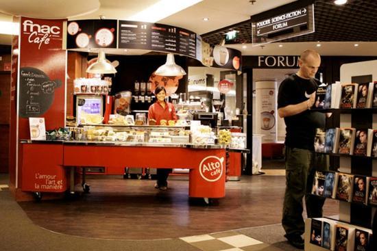 Une Veritable Pause Cafe A L Interieur De Votre Magasin Fnac Photo