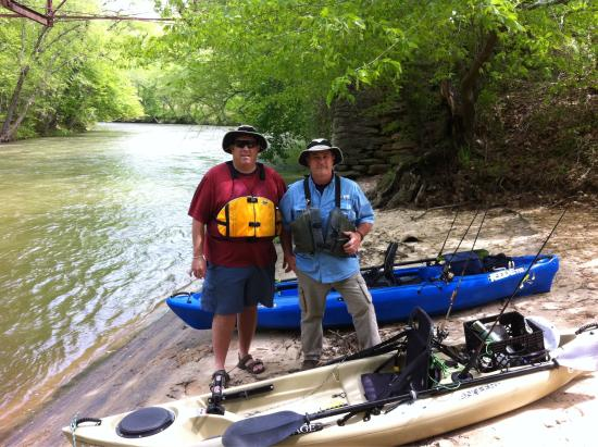 Chestatee River Adventures: Launch site behind Office and half way beach for lunch.