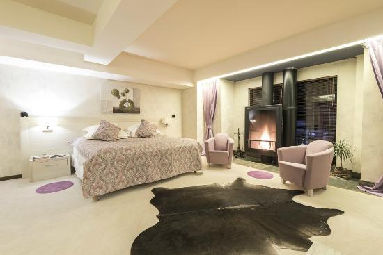 Room (139547150)