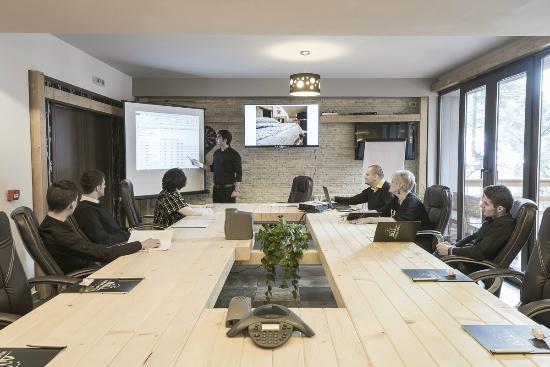 Ioana Hotel: Conference Room