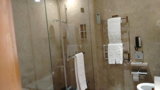 Toilet Picture Of Shangri La Hotel At The Shard London London Tripadvisor