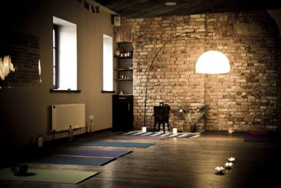 Balta Pirts SIA: Yoga